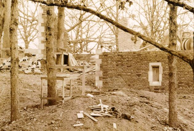 12.8.23.more men_construction detritus