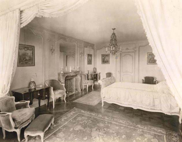 Edith bedroom_1