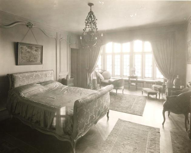 Edith bedroom_2